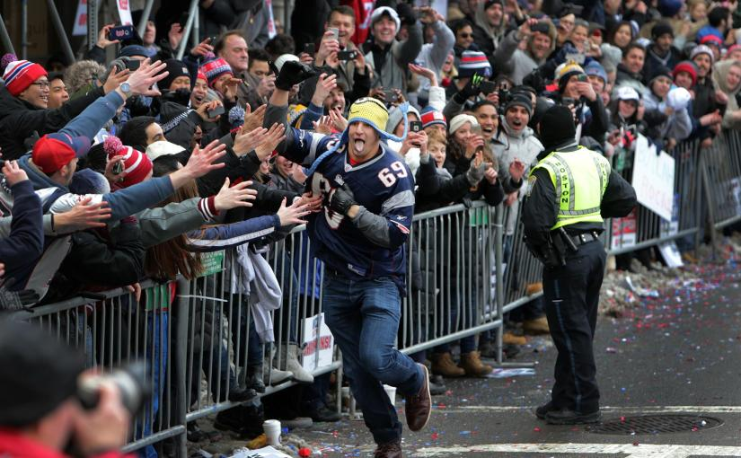 Gronk rules the Patriots Victory Parade…and why vertical videossuck